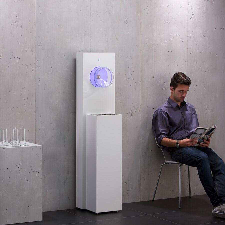 Design-Wasserspender für den Wartebereich